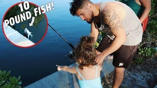 TODDLERS AWESOME REACTION TO CATCHING HER FIRST FISH!