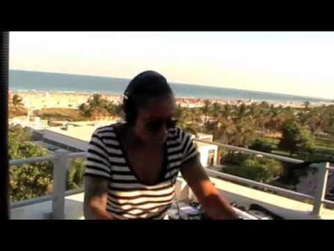 Dj Heather (Miami Beach WMC 2011)