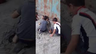Прикол как Чеченские дети отдыхают на море 😂😂😂