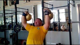Александр Клюшев замахнулся на древний рекорд в парном жиме гирь по 50 кг! Double 50 kg kettlebells.