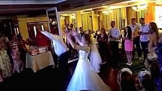 Наш необычный и веселенький танец отца и дочери на свадьбе :)