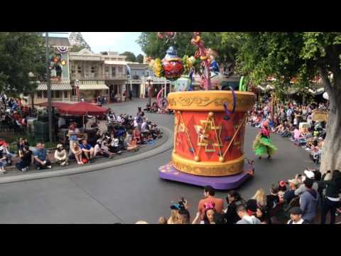 Mickey's Soundsational Parade (Full)