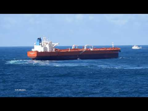 CORUNA PILOTS disembarking from cruide oil tanker NORDIC THUNDER