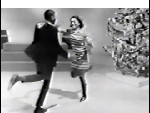 American Bandstand 1967 - Dance Contest 2 - Windy, The Association