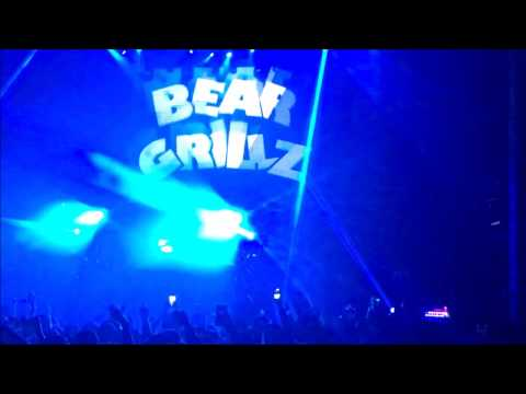 Bear Grillz Tour w/ Pogman & Midnight Tyrannosaurus @Avalon, Hollywood CA