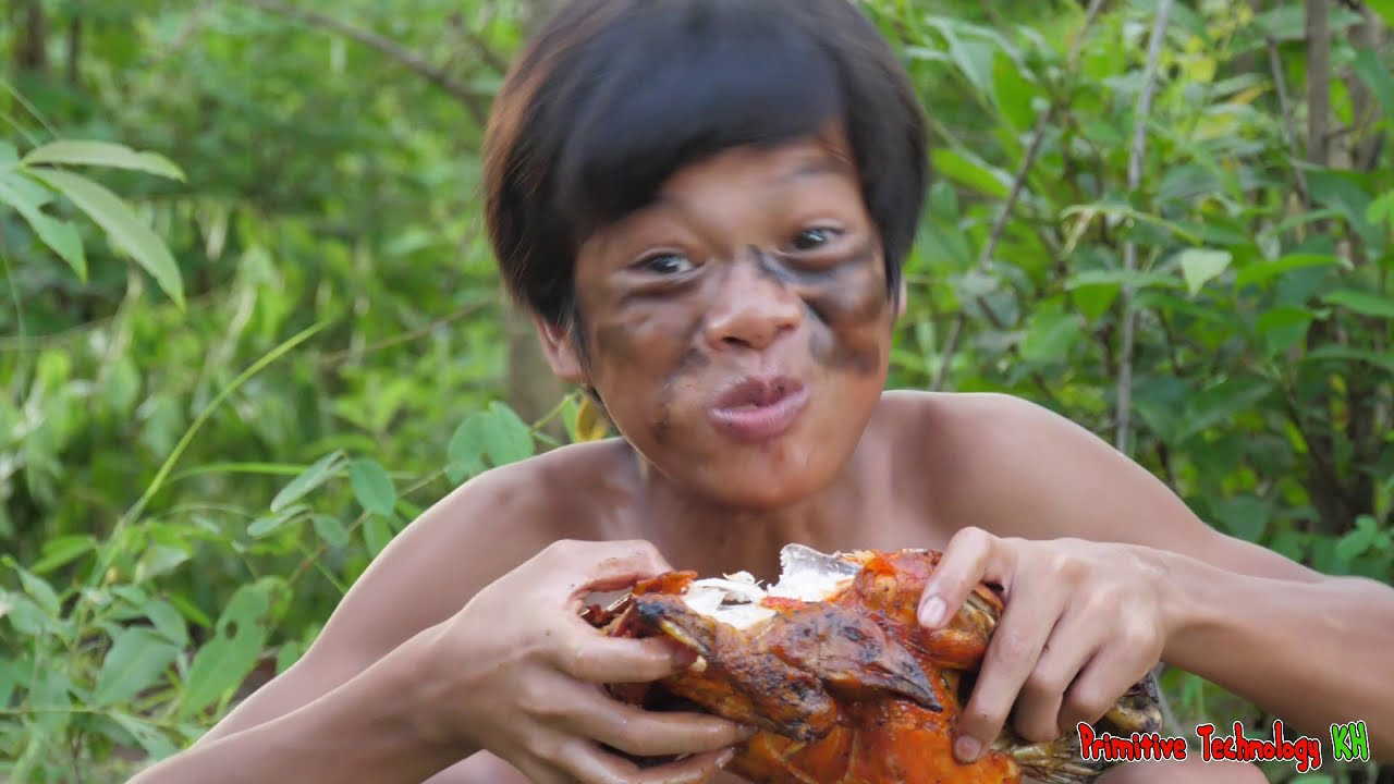 Primitive Technology - Eating Delicious In Jungle - Cooking Chicken In Clay Pot For Diner #152