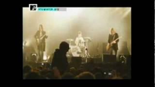 Arctic Monkeys live MTV Winter - Crying Lightning