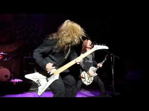 Ziggy's Winston-Salem - Vince Neil's Band -  Whole Lotta Love