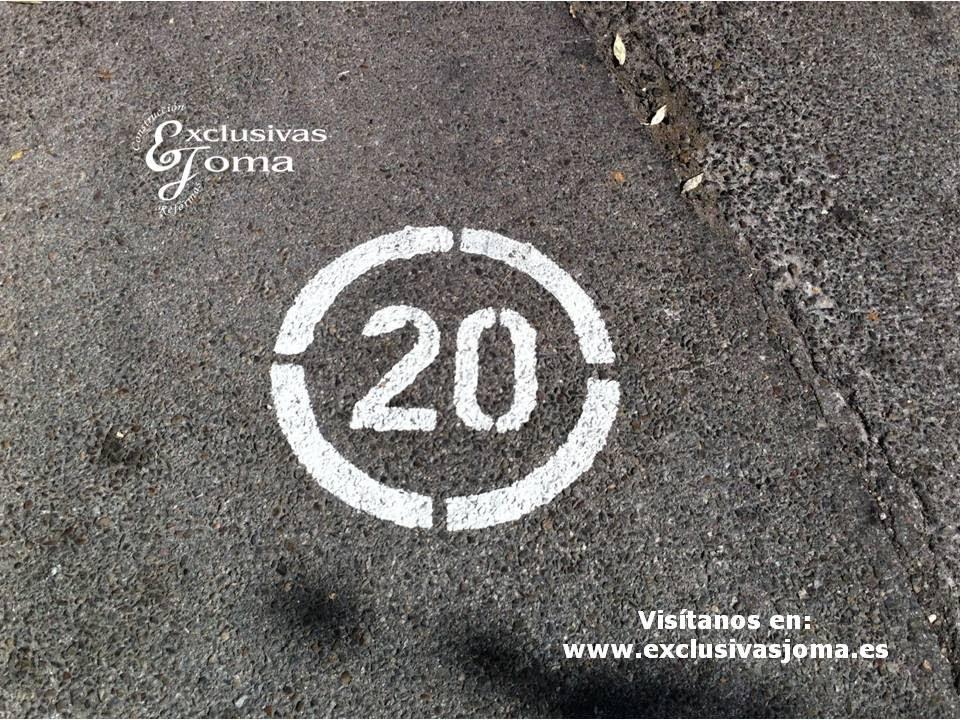 Pintura parking pintar parking lineas de aparcamientos - Pintura para parking ...