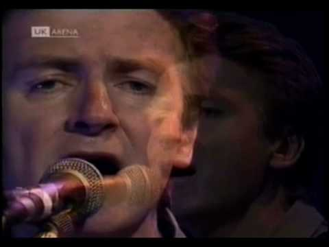 Neil Finn (Crowded House) - Distant Sun (Acoustic live)