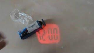 ОБЗОР mini lcd projection clock (Проекционные часы - брелок)