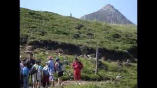 Cantal Auvergne -  randonnée Enfants du Puy Mary