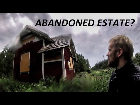 Motorcycle Lightning Hunting & Exploring Abandoned Estate / Urban Exploration