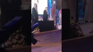 أمير الرياض : الذي لايحترم الوطن يغادر القاعة !