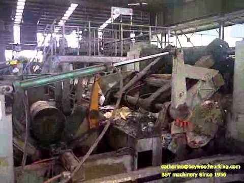 Log Rotary Peeling Lathe Sago Debarking Machine Youtube