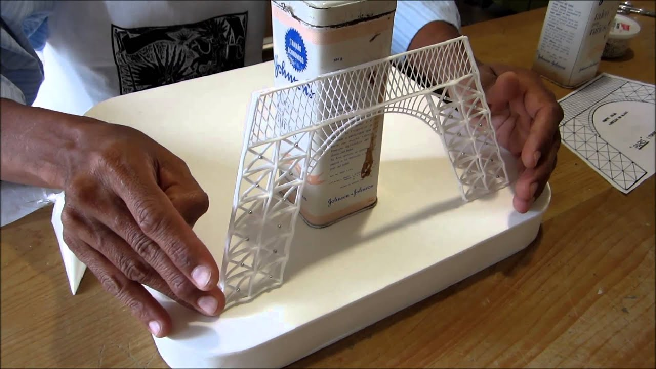 Torre Eiffel en azúcar - YouTube