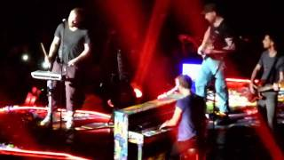 Coldplay  - Up In Flames - live Manchester 4 december 2011 - HD