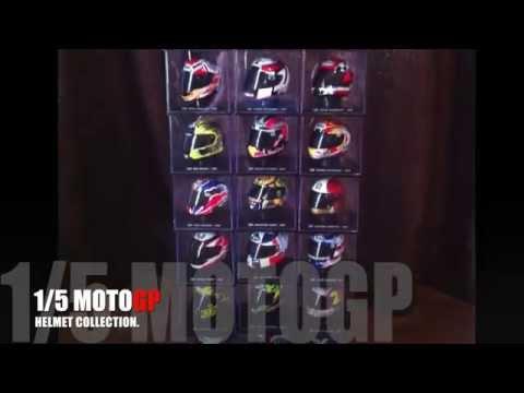 (24) 1/5 Barros 2007, MotoGP Helmet.