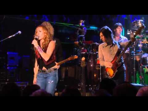 sheryl-crow-gasoline-gimme-shelter-live-2008-crowvideotv2