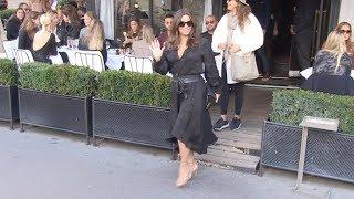 EXCLUSIVE : Eva Longoria goes to Avenue restaurant in Paris