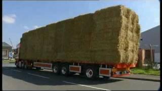 Reversing 15.65m Steered Trailer - UK Road Trials