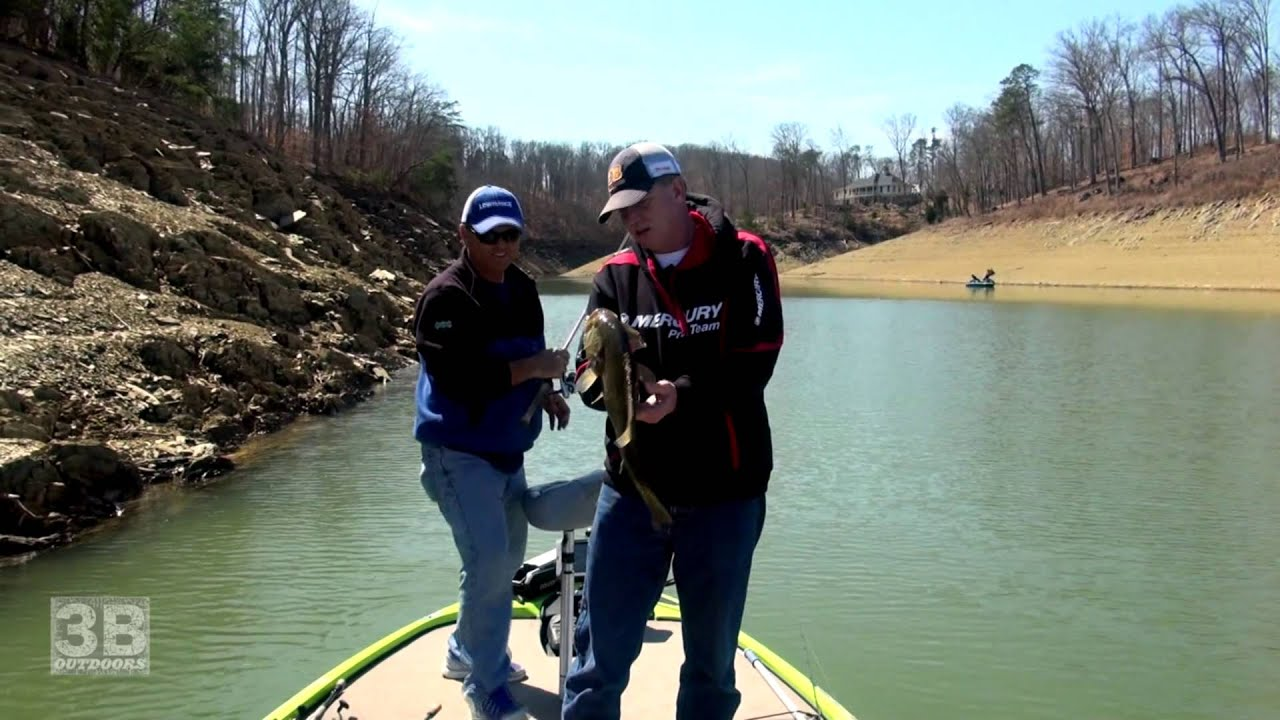 3b outdoors tv bass fishing on douglas lake dandridg for Fishing lakes in tennessee