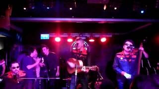 Santiago Delgado y Los Runaway Lovers - Soy un Runaway Lover -