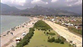 Архив Травина 96.08.04 Коктебель - нудистский пляж(Крым - Планерское - Нудистский пляж - август 1996 года. Старый Коктебель. Архивные материалы. Автор видео - Алек..., 2013-08-30T07:28:37.000Z)