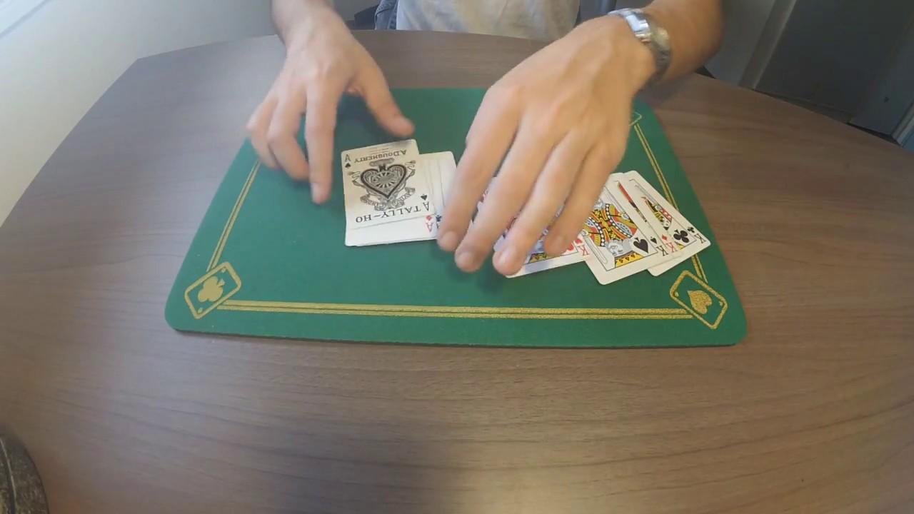 tour de magie avec 8 cartes