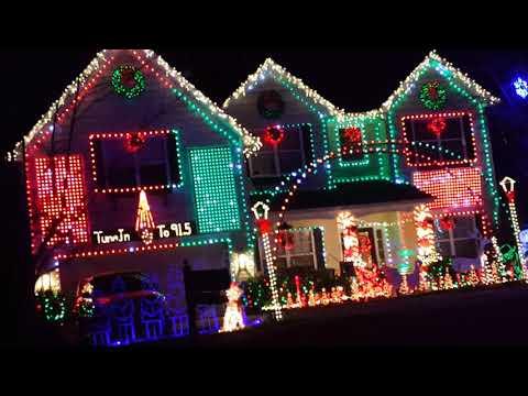 2017 Hard Family Christmas Lights - Christmas Vacation