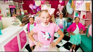 jojo siwa kid in a candy store official video