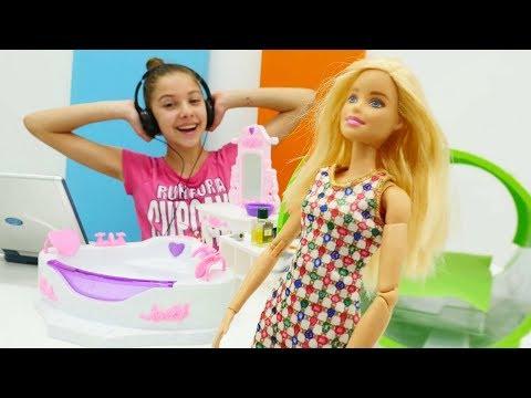 Oyuncak Barbie SPA-salonunda! Polen meslek seçiyor!