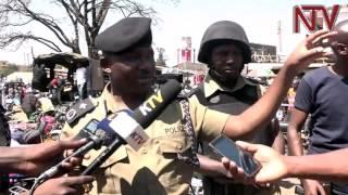 Poliisi eboye ppikippiki eziwera 200 n'eyoola n'abantu abawerera ddala 30 e Katwe thumbnail