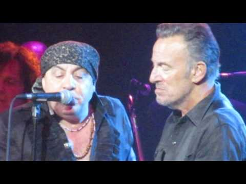 "Little Steven & the Disciples of Soul (w/ Bruce Springsteen) - ""It"
