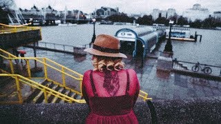 LONDON WOMEN