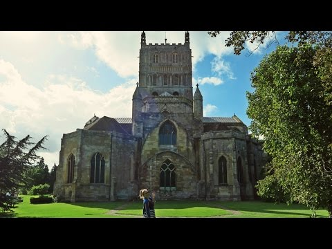 Is this the most beautiful Church in England? | Tewkesbury Abbey, UK