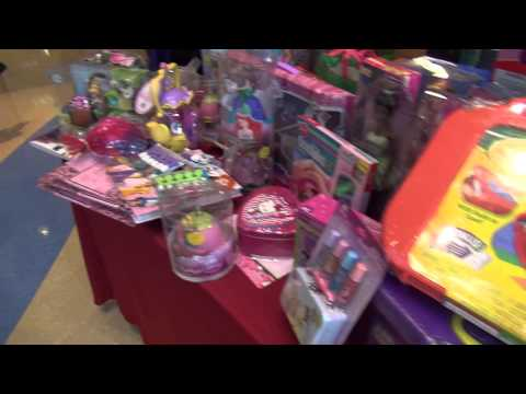 Ameren Missouri employees give back during the holidays