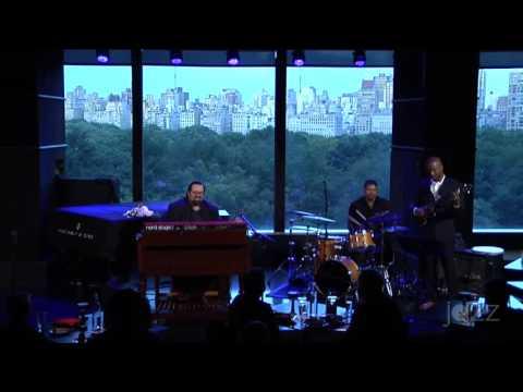 Joey DeFrancesco Trio Live at Dizzy's New York Aug 2016 Set-1