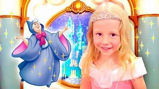 Nastya und lustige Geschichte über den Schönheitssalon der Prinzessinnen