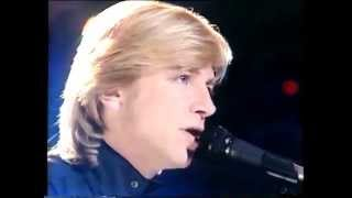 THE MOODY BLUES-QUESTION-LIVE ITV- 28.8.1985
