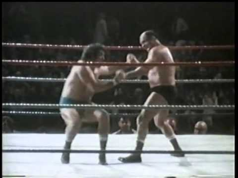 Verne Gagne vs Billy Robinson