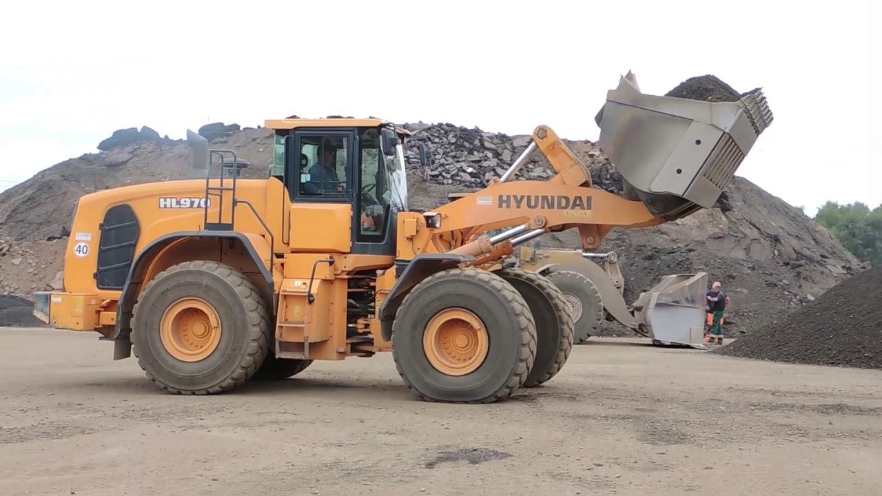 Hyundai-Radlader-Mietflotte bewegt hunderttausende Tonnen Recyclingmaterial
