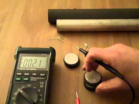 Magnesium Graphite Voltaic Pile.MP4
