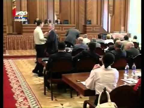 13.09.2010 Mihai Ghimpu cel Glumeţ.flv