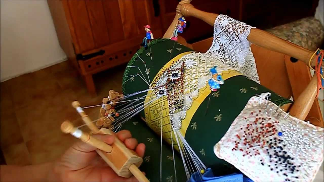 Encaje de Bolillos. Hojas de Guipur - YouTube