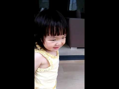 A 2y/o Chinese-Singaporean kid counting 1-10 in ILOKANO
