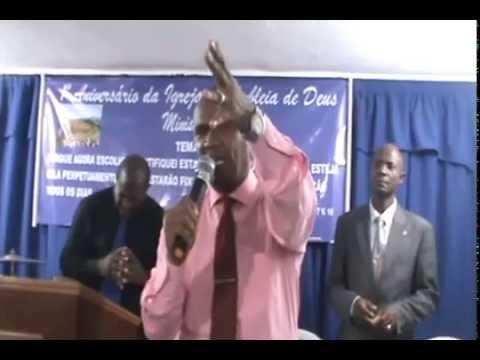 pastor Jorge alves pregando