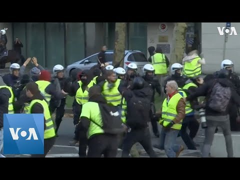 Belgian Protesters Call For Resignation Of PM