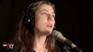 """Julia Holter - """"Feel You"""" (Live at WFUV)"""