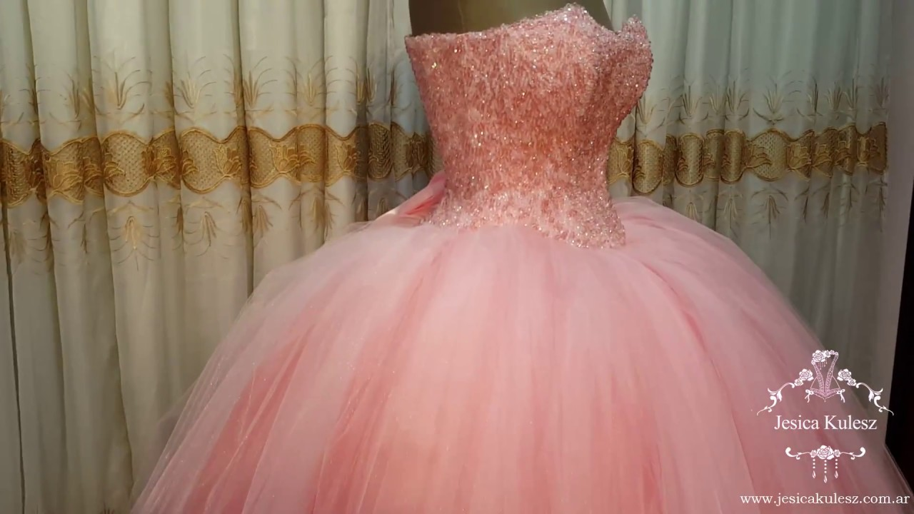 Vestido de princesa en color rosa bordado en piedras - YouTube